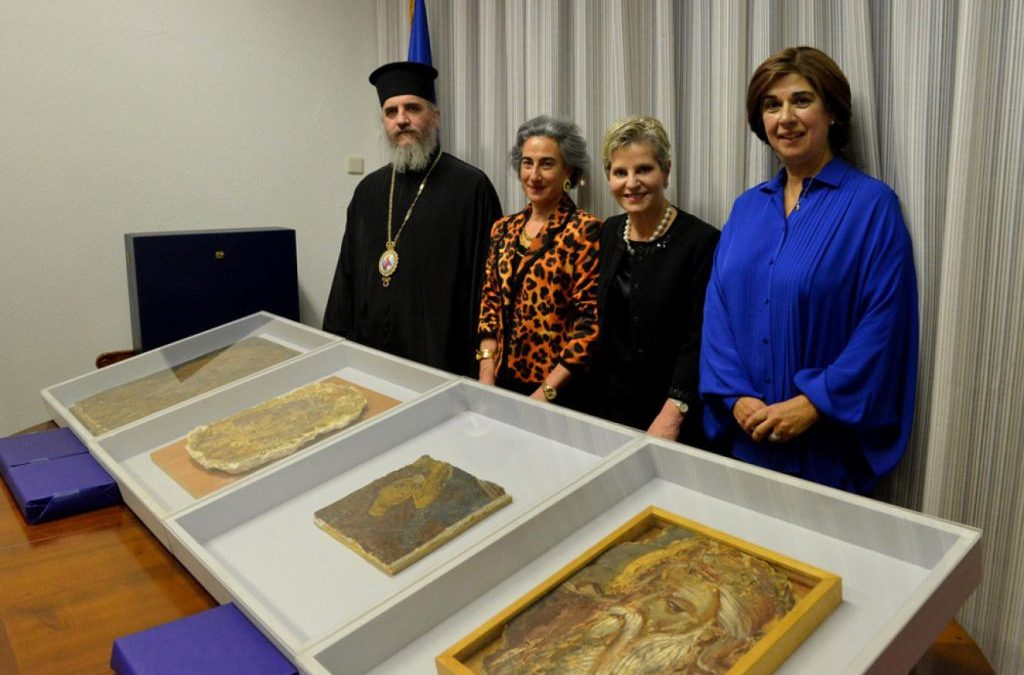Walk of Truth: the four frescoes were delivered for repatriation